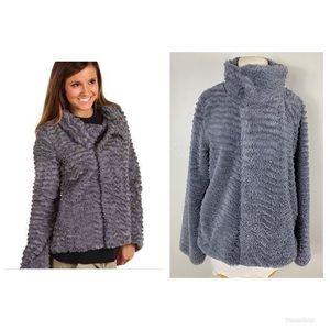 Patagonia  Pelage JacketFaux Fur Fleece Full